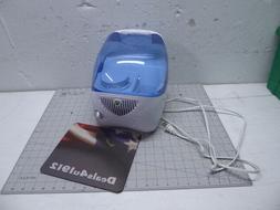 Vicks Vapor Rub Model V3100 Cool Mist Humidifier 1.0 Gallon